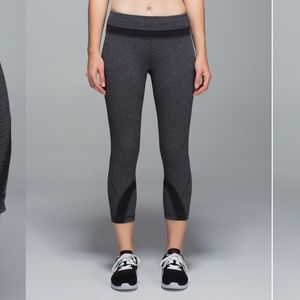 Lululemon Run: Inspire Crop II, Size 8